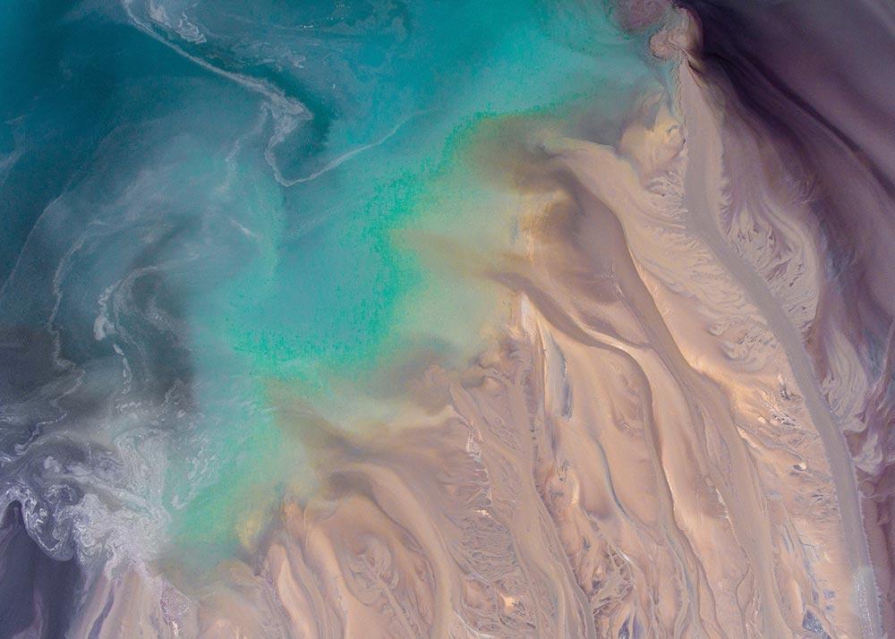 Estuary water mixing
